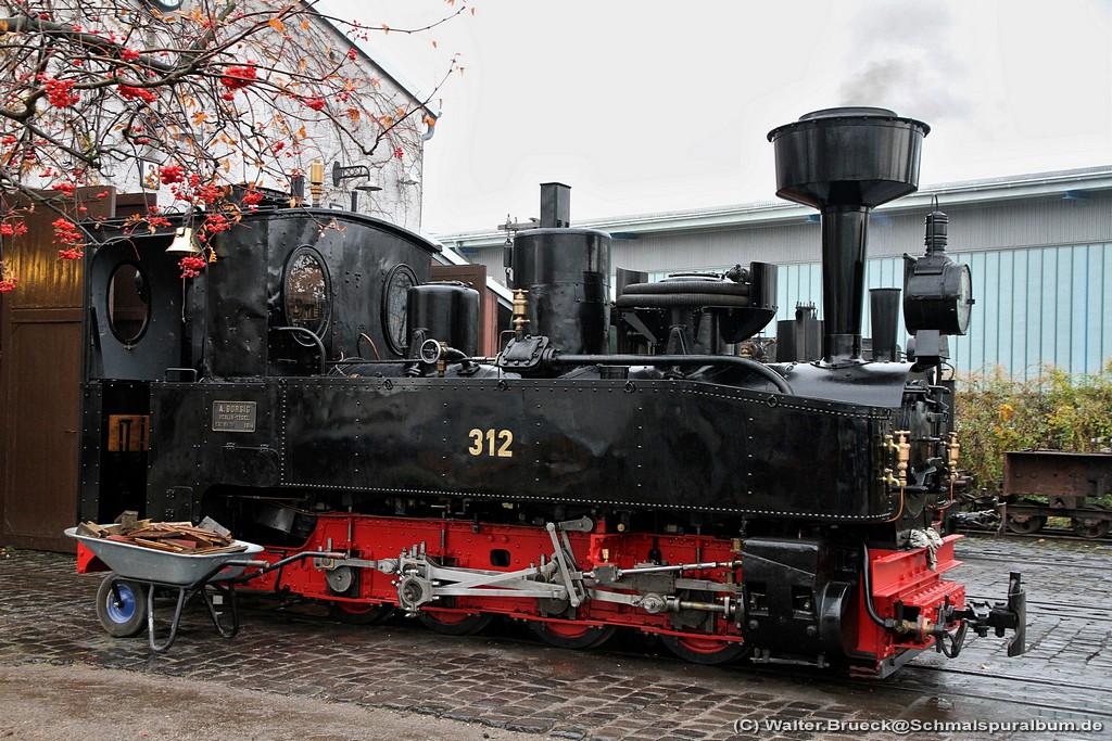 http://www.schmalspuralbum.de/albums/wb/ZZ-Public/Foren-Fotos/2010/20101106_FFM_1024-101-7649.jpg