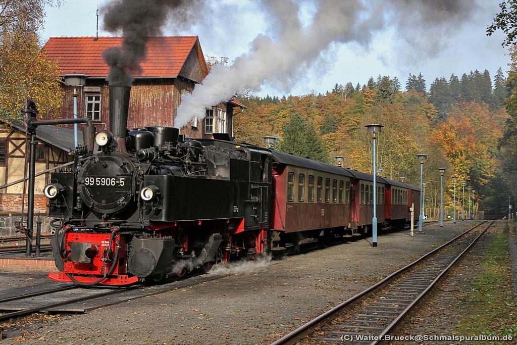 http://www.schmalspuralbum.de/albums/wb/ZZ-Public/Foren-Fotos/2014/20141018_HSB_1024-118-5045.jpg