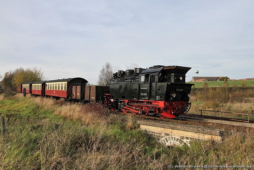 http://www.schmalspuralbum.de/albums/wb/ZZ-Public/Foren-Fotos/2014/20141018_HSB_1024-118-5132.jpg